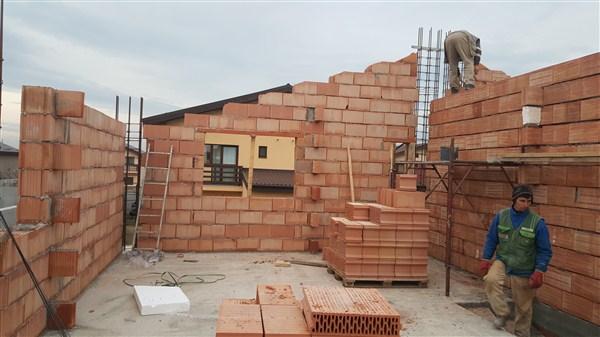 case tunari ioan slavici zidarie mansarda 1e